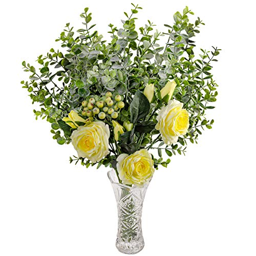 Rosas Artificiales y Eucalipto con Florero en Vaso - Amarillo Flor Artificial Seda Rosa con Hojas de Eucalipto y Ramas de Bayas para Ramilletes de Boda, Centros de Mesa, Decoración Fiesta en Casa