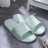 JFHZC Zapatos de Piscina,Pareja de Sandalias y Pantuflas de PVC para el hogar, Use Pantuflas Antideslizantes de Suela Blanda Fuera del baño en Summer-Green_42-43