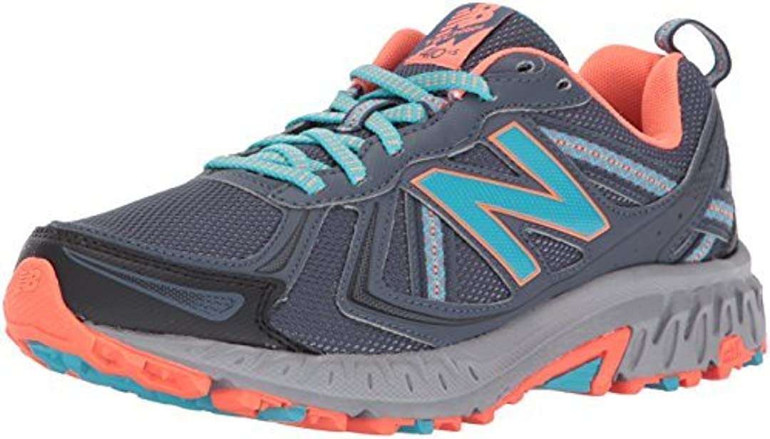 ヤギ薄いハーネスNew Balance Women's WT410v5 Cushioning Trail Running Shoe Dark Grey 8.5 D US [並行輸入品]