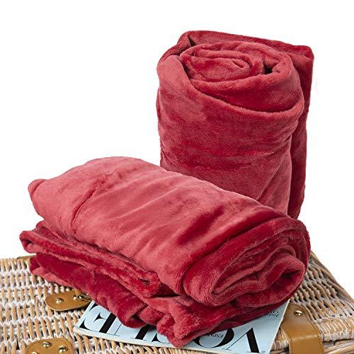BCASE Pack 2 Manta de Microfibra de Felpa, Suave y Cómoda, 100% Poliéster, 130x160 cm, para Sofá o Cama, Ideal para Protegerse del Frio, En Color Rojo