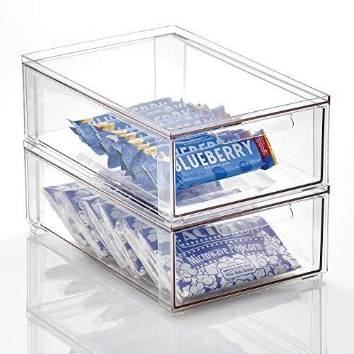mDesign Caja de plástico transparente – Organizador de armarios apilable y plano...