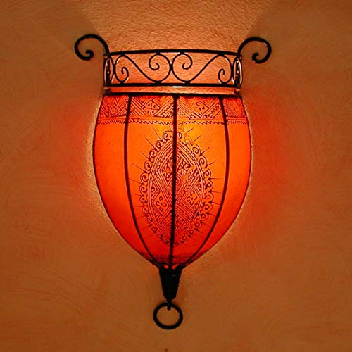 Orientalische Wandlampe marokkanische Wandleuchte Nakous Rot | Schöne Henna-Lampe Größe H 44 x B 29 x T 14 cm | Gestell aus Eisen + Lampenschirm aus Leder | Kunsthandwerk aus Marrakesch | L1085
