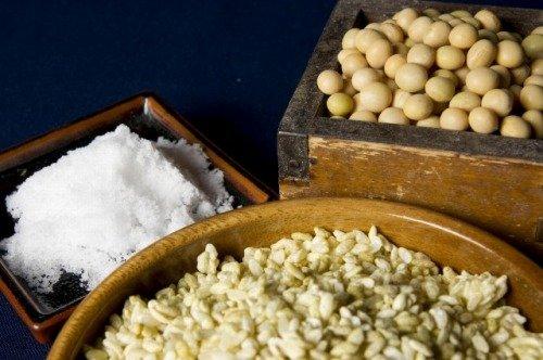 自然栽培の米と大豆で作る味噌作りセット 中辛(約6kg)玄米麹タイプ