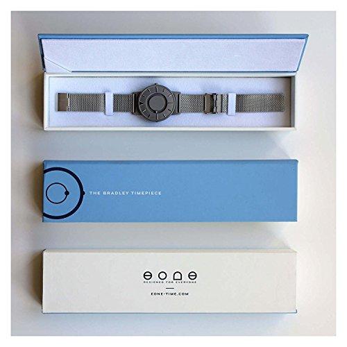 EONE BR-BRWN Horloge à cadran en quartz argenté avec bracelet en cuir marron unisexe