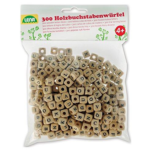 Lena 32005 Bastelset Buchstabenwürfel aus Holz, 300 Fädelperlen in Würfel Form und mit Buchstaben, Holzperlen Kinder ab 3 Jahre, Perlen Set zum selber Basteln von Perlenschmuck, Holzfarben