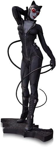 DC Comics Batman Arkham City Catwoman Statue