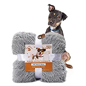 Pacapet Fluffy Dog Blanket, Soft Reversible Sherpa Throw Blanket for Pets, Puppy, Warm Shaggy Cat Fleece Blanket for Couch/Bed/Sofa Protection, Washable & Lightweight, 20″x30″, Gray