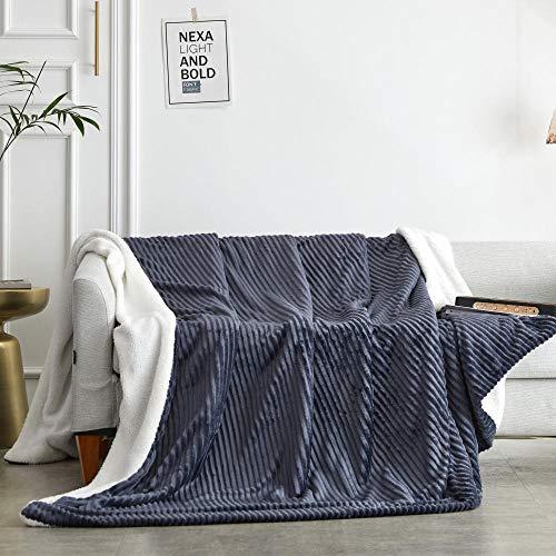 B/H Mantas de Pelo Cálida Acogedor,Manta de sofá Acolchada Doble, Manta de Rayas cómoda de Terciopelo de Cordero-Gris Plateado-A_2 * 2,3 m,Sábanas cálidas para sofá