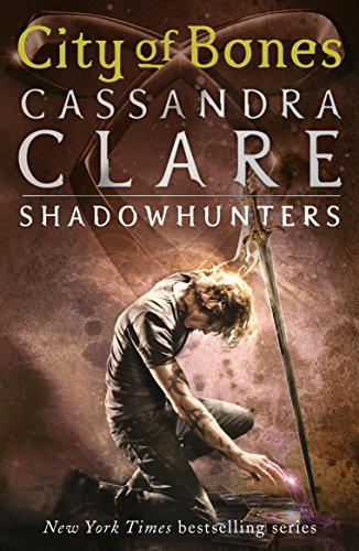 City of Bones (The Mortal Instruments Book 1) (English Edition)