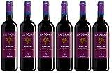 Zona di produzione:Maremma Toscana Vinificazione:Tradizionale in rosso a temperatura controllat Gradazione alcolica:13% vol Abbinamenti:con piatti a base di carn Temperatura di Servizio:16 °-18°C