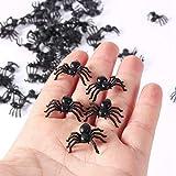 Atyhao 50pcs 2cm pequeños Juguetes de araña Falsos de plástico Negro Halloween Broma Divertida Broma Accesorios realistas favores de Fiesta