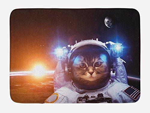 Ambesonne - Alfombrilla de baño para gato, diseño de gatitos en el espacio con texto 'Sun Lunar Eclipse Over Planet Stars' (75 x 45 cm), color blanco y naranja y azul oscuro