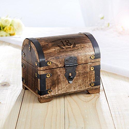 Casa Vivente Schatztruhe mit Gravur – Zum 18. Geburtstag – Personalisiert mit Namen – Aufbewahrungsbox aus dunklem Holz – Verpackung für Geld und Gutscheine – Geschenkidee zur Volljährigkeit - 4
