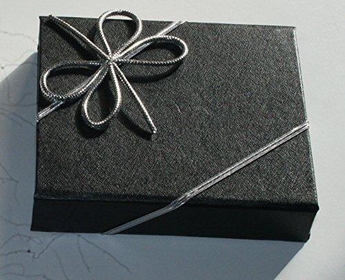4 praktische Geschenkschleifen in den Farben Silber und Gold, mit einem Gummiband für das schnelle Verpacken mit Einer schönen Schleife