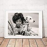 Geiqianjiumai Perro Mujer Cartel de Pared de Arte Retro Impresión en Blanco y Negro París Moda Foto Lienzo Cuadro de Pared Decoración del hogar Pintura sin Marco 30x40 cm
