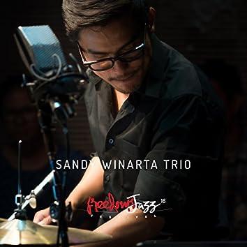 FreedomsJazz Festival 2016 - Day 2 - Sandy Winarta Trio (feat. Kevin Valencio Suwandhi, Indra Omangz Gupta) [Live @FJF'16]