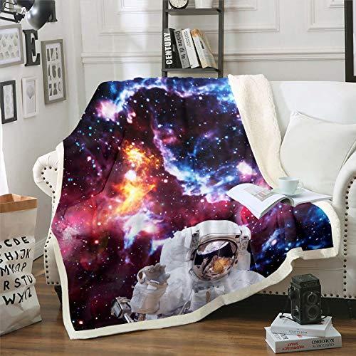 Loussiesd Manta de forro polar para sofá cama, espacio exterior, Aventura, manta de felpa decorativa de astronauta Sherpa, manta morada y azul, manta de vía láctea para cama individual, 127 x 152 cm