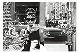 empireposter - Hepburn, Audrey - Window - Größe (cm), ca.