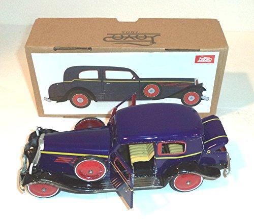 Coche Sedán Gran Turismo,de 1935. Vehículo de hojalata, Réplica de Payá, el histórico y afamado fabricante español de juguetes
