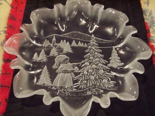 13.5' Mikasa Crystal Serving Platter Christmas Story with Fluted Edges