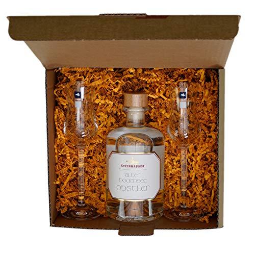 Geschenkset: Steinhauser alter Bodensee Obstler - der edle Obstler vom Bodensee in der Apothekerflasche (0,5 l) mit zwei original Leonardo Branntwein-Gläsern