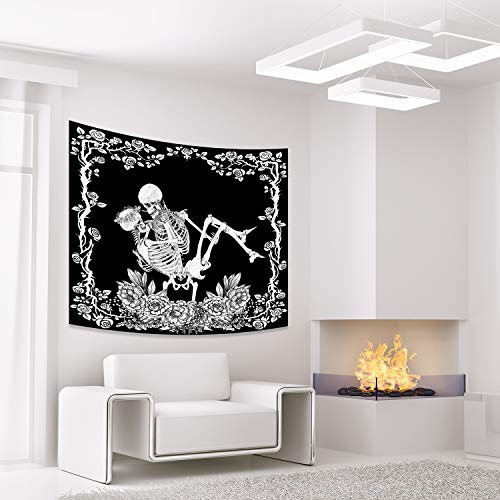FEPITO Skull Tapestry Kissings Lovers Tapestry Funny Skeleton Tapestry Romantic Black And White Tapestry for Wall Bedroom Dorm Living Room Decor House Halloween Decorations 59 in X 51 in