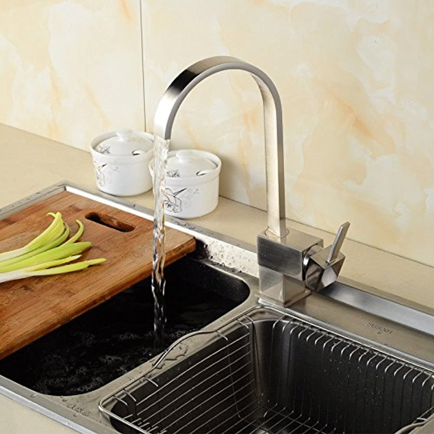 Hlluya Professional Sink Mixer Tap Kitchen Faucet The brass quartet faucet brushed antique kitchen cooking pots of hot and cold tap water faucet Single Handle faucet single hole faucet,