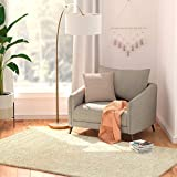 Amazon Basics Modern Plush Low-Pile Shag Rug 80X150  - White