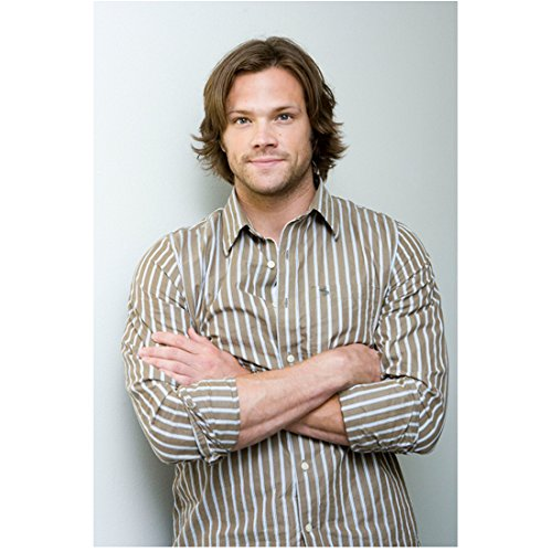 Supernatural Jared Padalecki as Sam Winchester Close Up Cheeky Smile with Arms Crossed 8 x 10 Photo