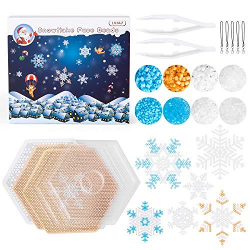LIHAO 4000 Bügelperlen Weihnachten Steckperlen Set mit Steckplatte Zubehör Schneeflocken Muster in Geschenkpackung (MEHRWEG)