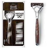 Wilkinson Sword, Rasoio Quattro Titanium, Edizione Vintage, Rasoio per Uomo, Confezione da 1 Rasoio + 4 Ricariche