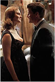 Bones (TV Series 2005 - ) 8 Inch x10 Inch Photo David Boreanaz & Emily Deschanel Face to Face Smiling Sweetly at Each Other kn