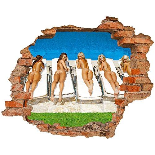Fototapete 3D Bild Tapete Loch in der Wand Schöne Mädchen Taning Rücken am Pool