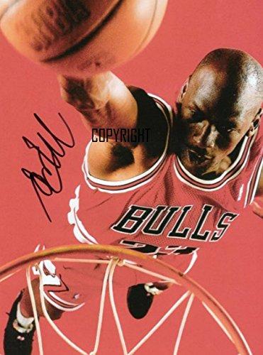 Fotografia autografata in edizione limitata di Michael Jordan, giocatore di basket, con autografo stampato certificato (lingua italiana non garantita)