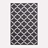 "HOMESCAPES White & Black Outdoor Rug for Garden or Patio 100% Recycled Plastic 120 x 180 cm Lightweight Waterproof Geometric Design Garden Rug ""Nola"" Woven Floor Mat for Indoor & Outdoor Use"