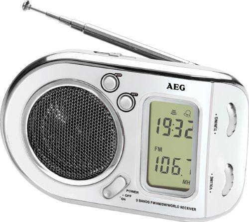 AEG WE 4125 Weltempfänger 2in1 Radio und Wecker in Einem, Digitale Frequenzanzeige weiß