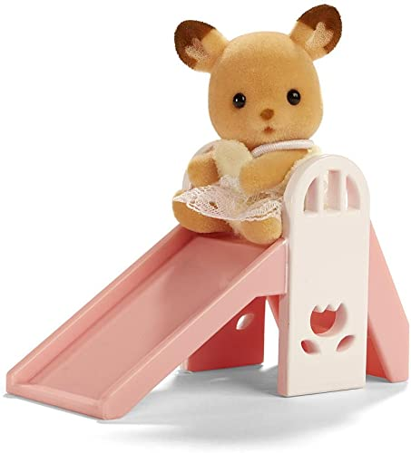 calidad auténtica Calico Critters Baby Carry Case Deer On Slide Slide Slide by International Playthings (English Manual)  mas preferencial