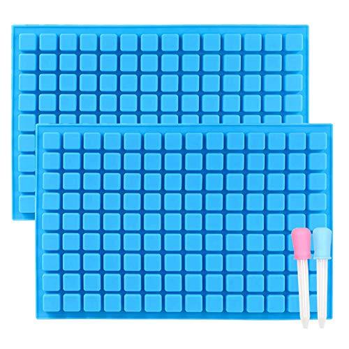 IHUIXINHE Lot de 2 Bleu Moules à Bonbons en Silicone 126 Cavités en Forme de Bonbons durs Mini Bac à Glaçons Carrés pour Gelée, Truffe, Chocolat, Pralines, Caramels, avec 2 Compte-Gouttes