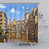 SPXUBZ Cortina de ducha Girona Paisaje urbano Arquitectura medieval, románica y gótica, cortinas de ducha impermeables de tela de poliéster con 12 ganchos para baño de 172 x 172 cm