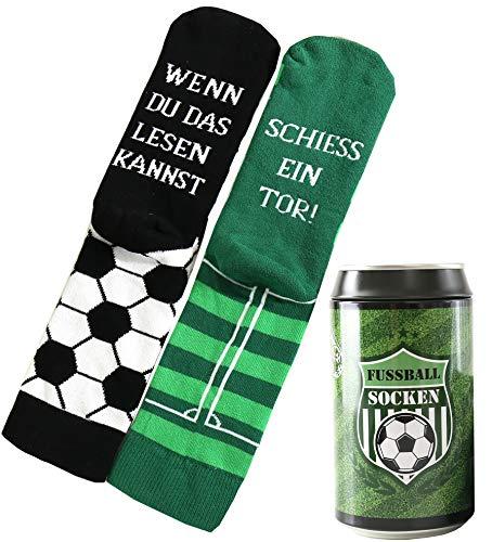Lucadeau Geschenk für Männer und Frauen, Fussballfans und Fussballer - Design Socken in einer edlen Geschenk-Dose, Spruch WENN DU DAS LESEN KANNST, SCHIESS EIN TOR!