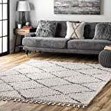 nuLOOM Amelia Moroccan Lattice Tassel Shag Rug, 6' 7' x 9', Off White