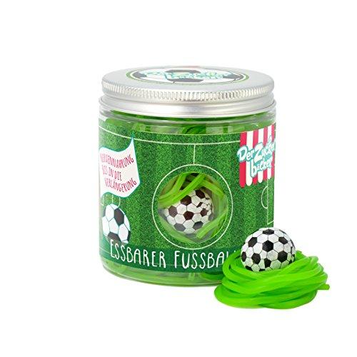 Der essbare Fußballrasen, Süßigkeiten-Dose mit Fruchtgummi-Schnüren und einem Kaugummi-Fußball