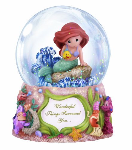 Precious Moments Disney Showcase Collection, Wonderful Things Surround You, Musical, Resin/Glass Snow Globe, 132108,Multicolor