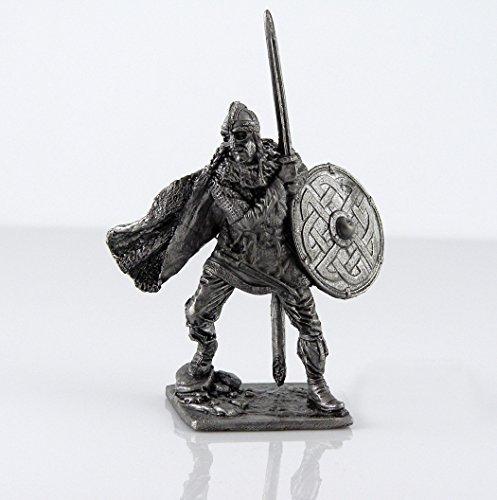 Tin toy soldiers. Scandinavian Viking, Swedish jarls, 9-10 century metal sculpture. Collection 54mm (scale 1/32) miniature figurine by Tin Warriors
