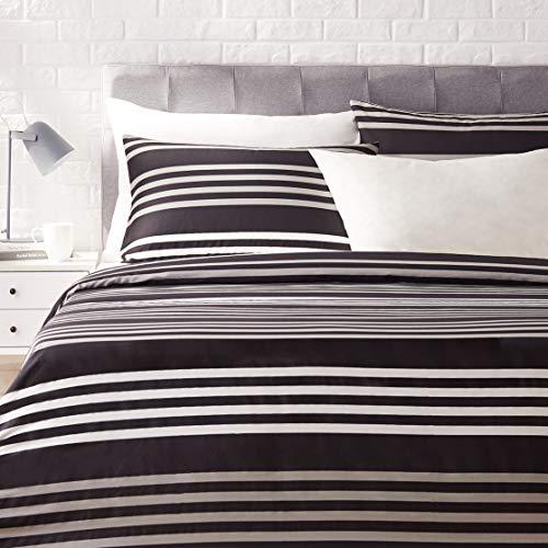 Amazon Basics - Juego de ropa de cama con funda de edredón, de satén, 155 x 200 cm / 50 x 80 cm x 2, A rayas