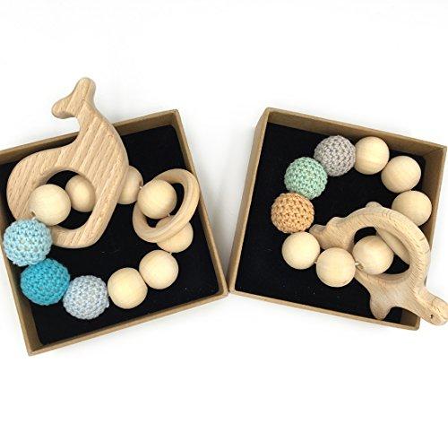 Coskiss 2Pcs Pulsera de bebé Teether de madera Amigurumi juguetes de dentición de bebé ecológicos Juguetes para bebés Chillón en forma de Rattle Regalo de Navidad (Color 8)