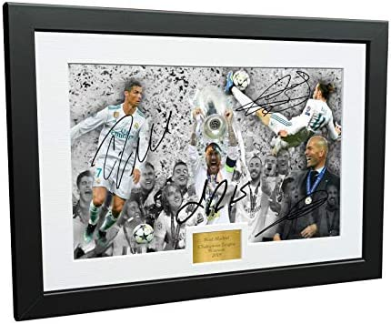 Real Madrid 2018 CHAMPIONS LEAGUE CELEBRATION 12x8 A4 Signed Cristiano Ronaldo Gareth Bale Sergio product image
