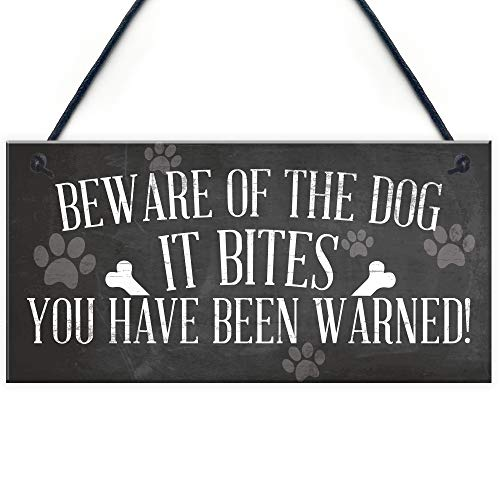 RED OCEAN Funny Beware Of The Dog It Bites Dog Hanging Plaque Home Warning Sign Decor