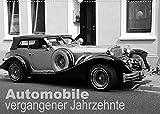 Automobile vergangener Jahrzehnte (Wandkalender 2022 DIN A2 quer)