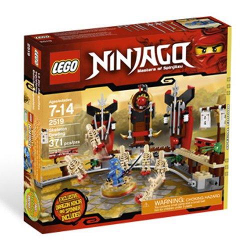 LEGO Ninjago Skelett-Bowling
